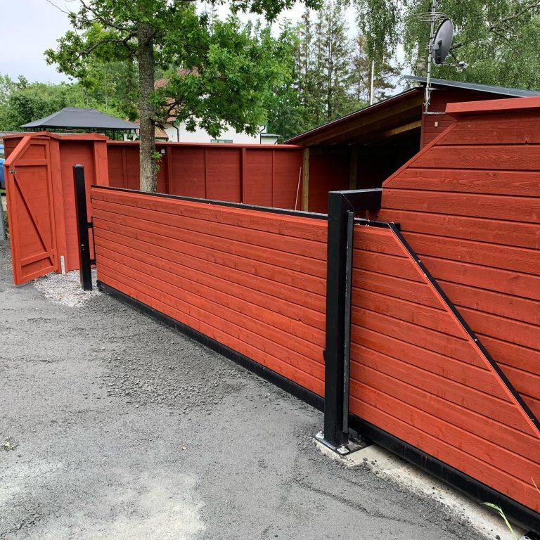 osternas-grind-staket