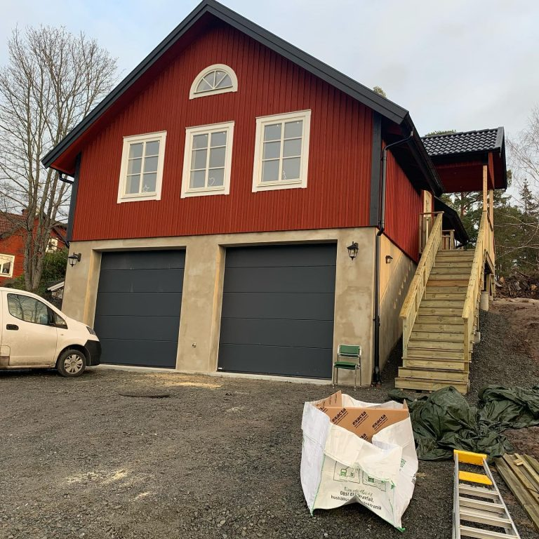 garage och lägenhet i åkerö